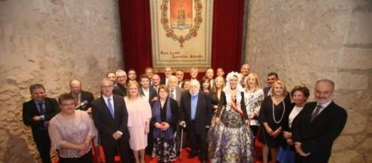 El Ateneo Científico, Literario Y Artístico De Alicante Distingue A Las Hermandades De Nuestro Padre Jesús Y Santo Sepulcro.