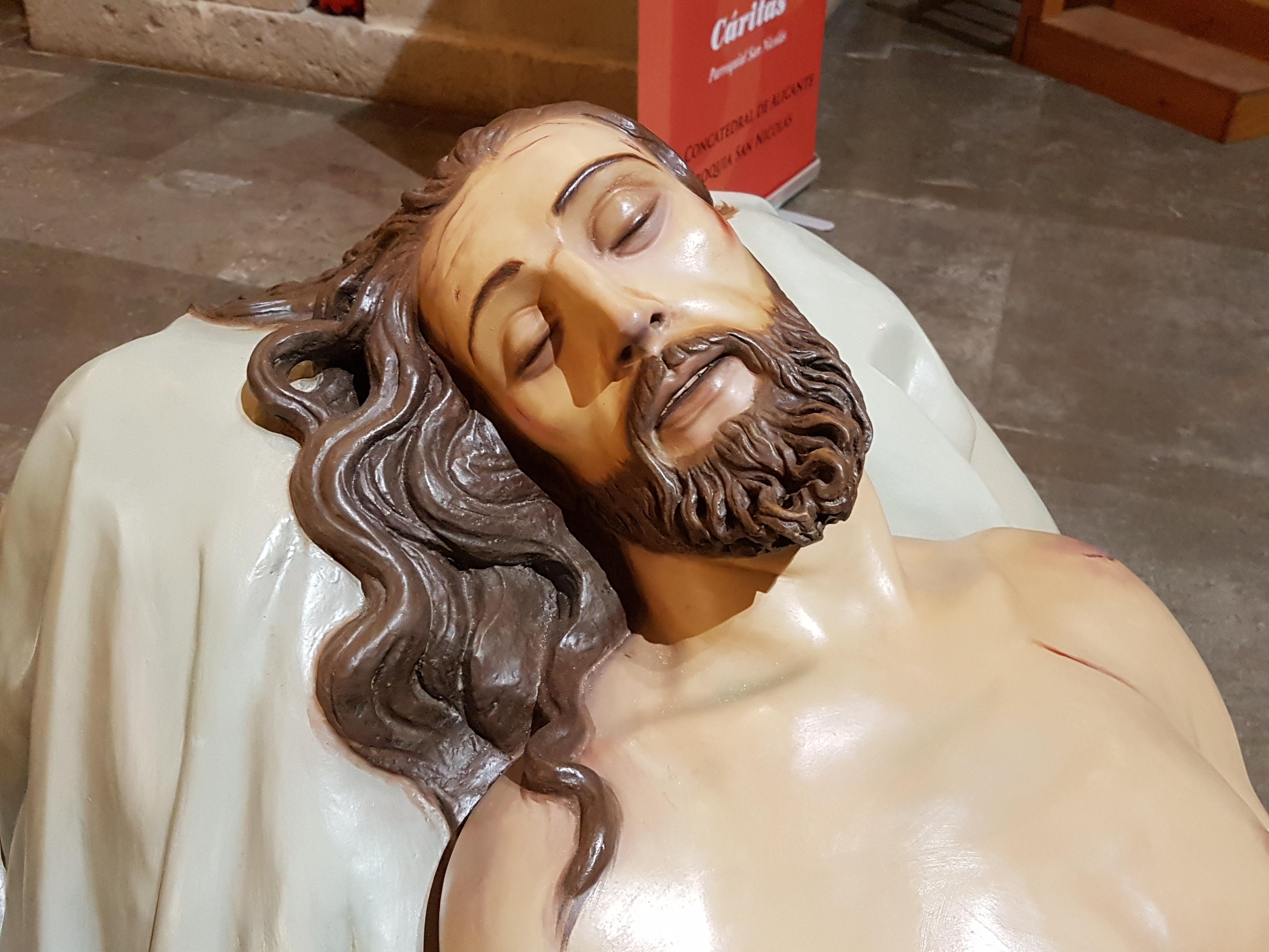 16 De Diciembre De 2017. Fotos Del DESPUÉS De La Restauración Del Cristo Yacente