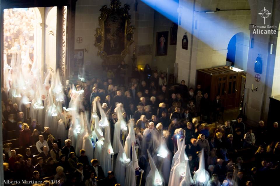 30 De Marzo De 2018. Hermandad Santo Sepulcro Alicante INFORMACION TV Viernes Santo En Alicante
